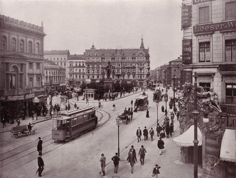 alexanderplatz1903.jpg